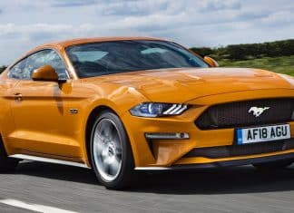 Ford Mustang review 2018 (The Car Expert)