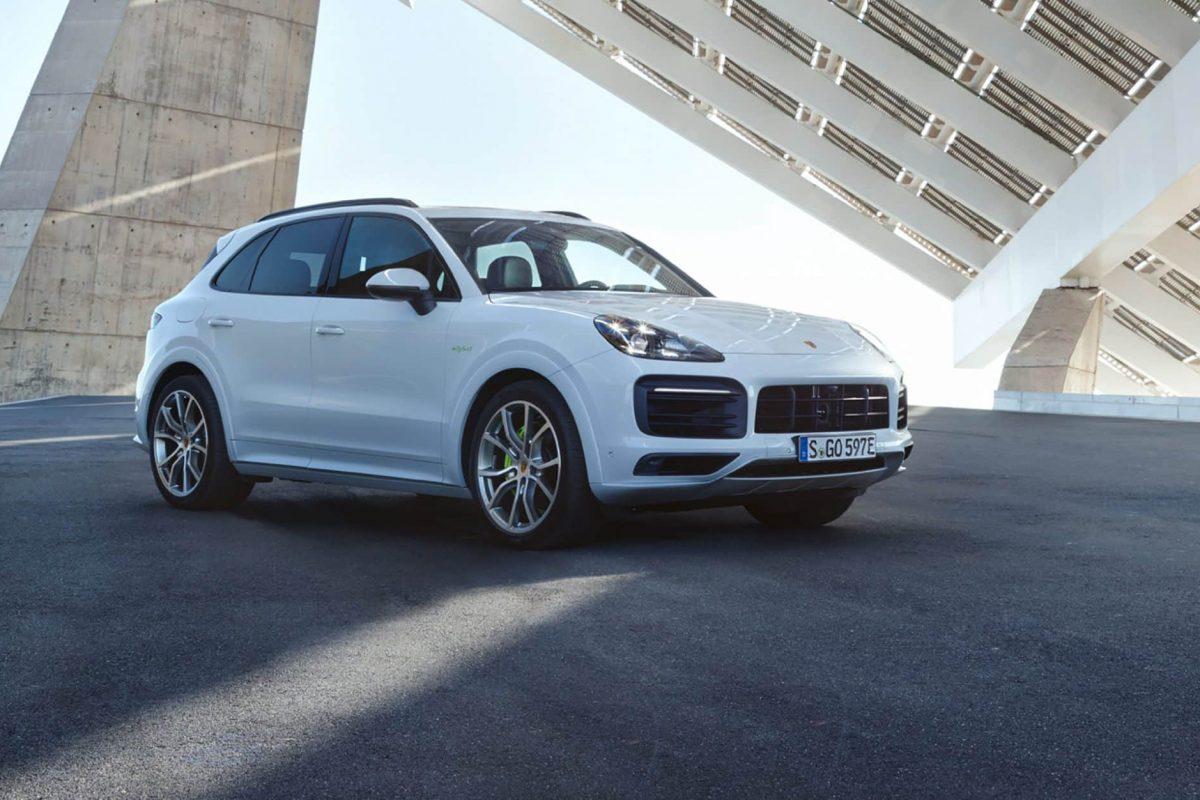 E3 Porsche Cayenne E-Hybrid revealed with 462 PS