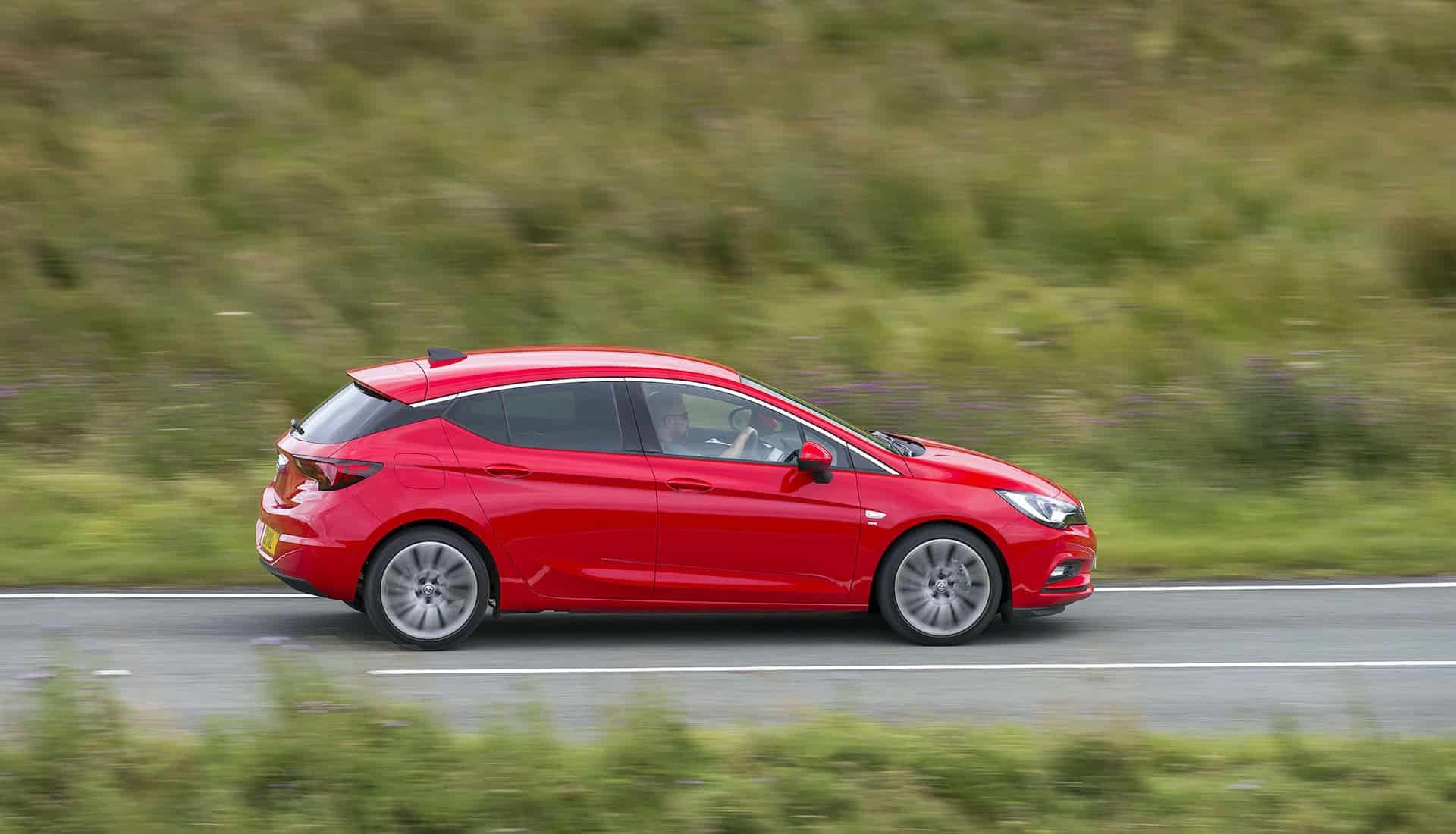 Vauxhall Astra 1.0-litre on the road (The Car Expert)