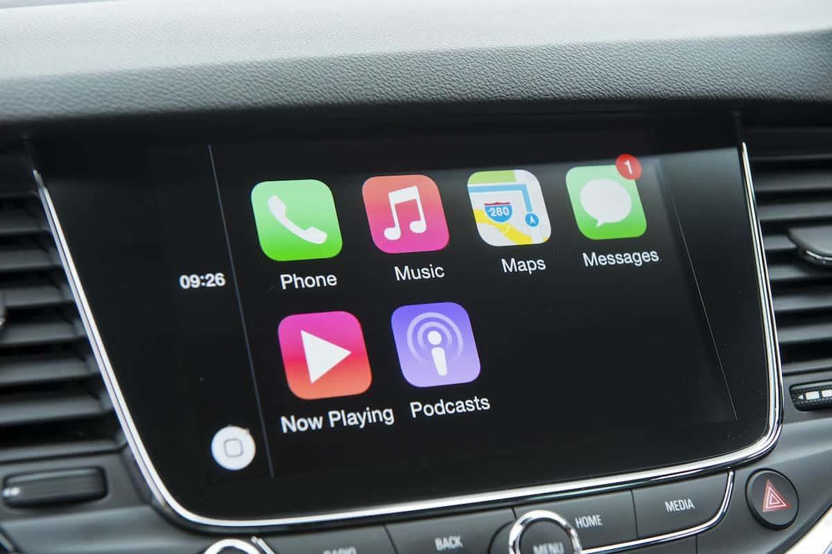 Vauxhall Astra - Apple CarPlay