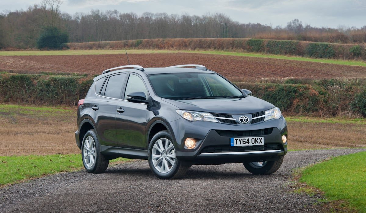 Toyota RAV4 2015 | Safest used cars for new parents