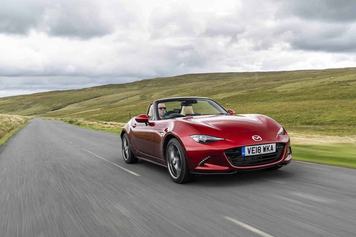 2019 Mazda MX-5 on the road - front view | The Car Expert