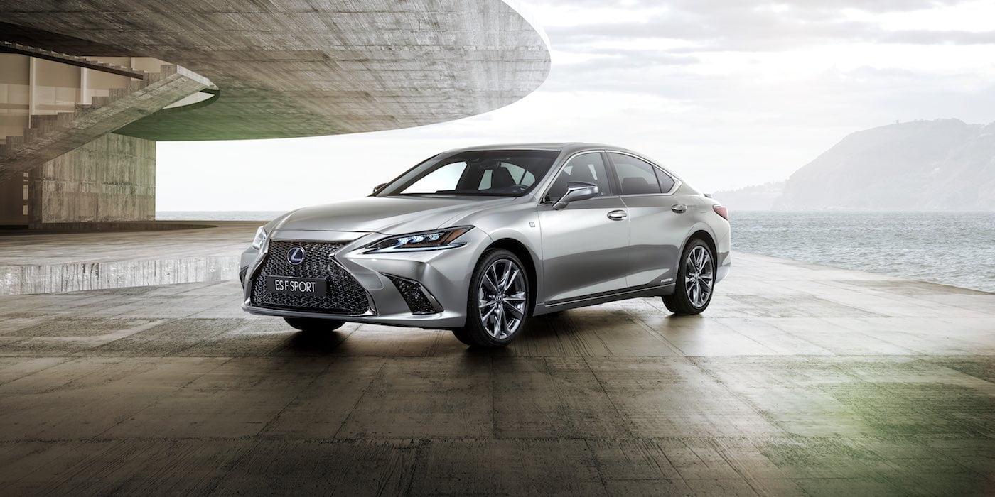 Lexus ES F Sport saloon | The Car Expert