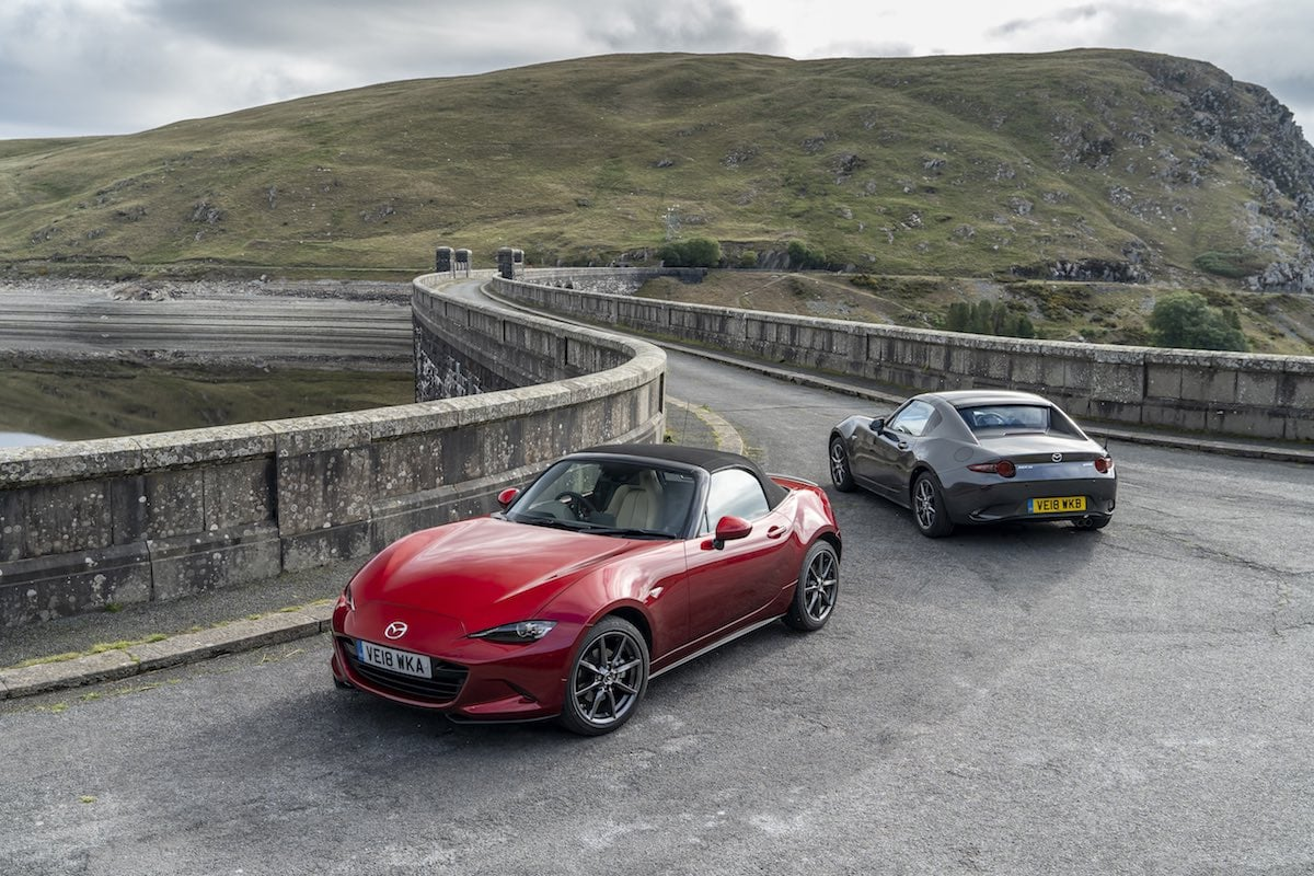 2019 Mazda MX-5 range - roofs up | The Car Expert