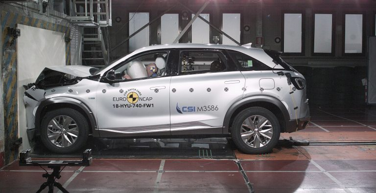 Crash test thumbs-up for hydrogen Hyundai Nexo
