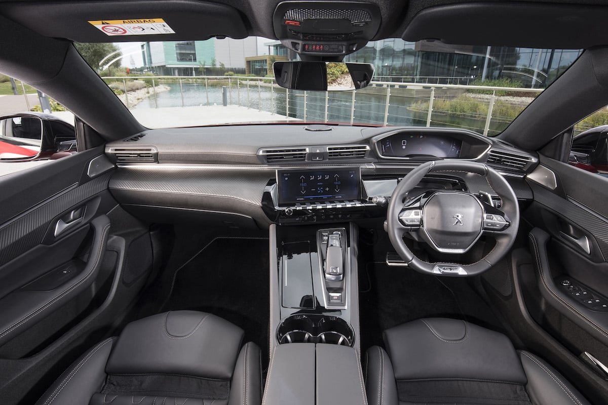 Peugeot 508 review 2018 - dashboard