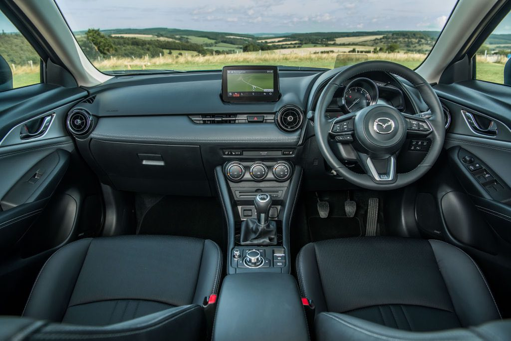 Mazda CX-3 dashboard 2018 | The Car Expert