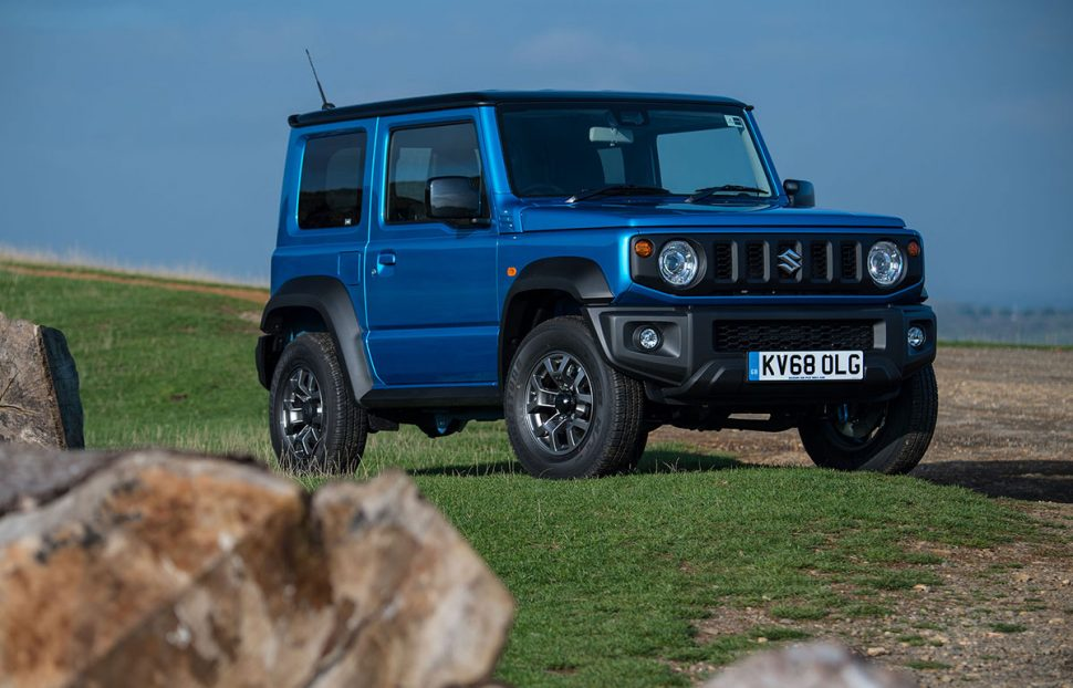 Suzuki Jimny (2018) front view | The Car Expert