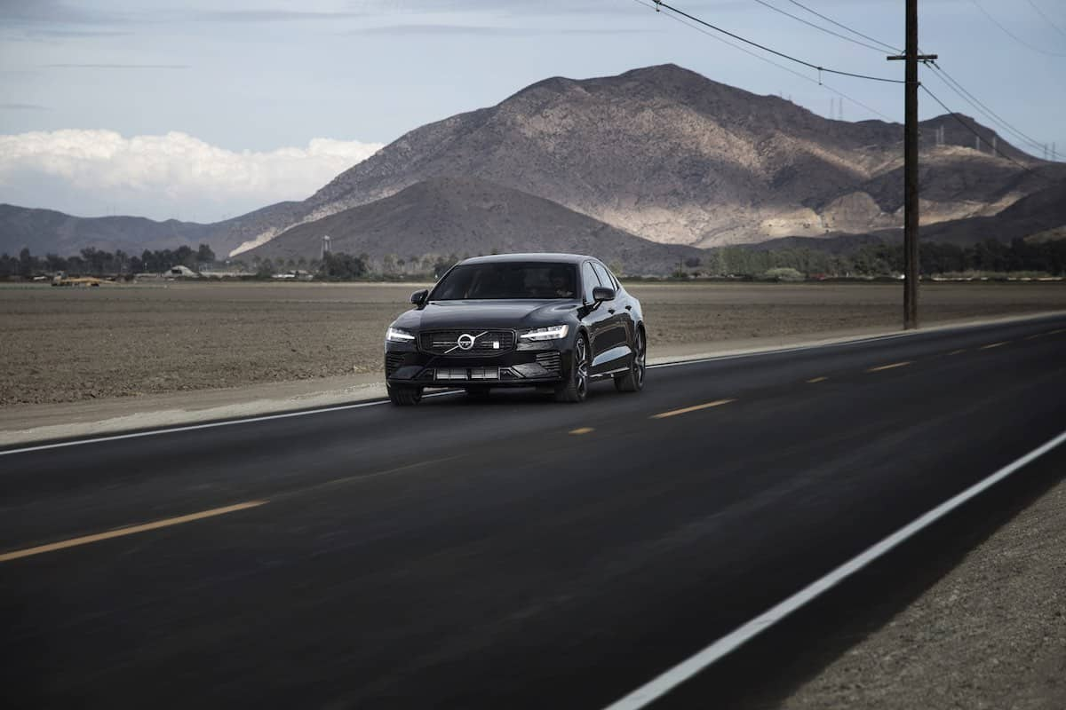 Volvo S60 T8 Polestar Engineered on road