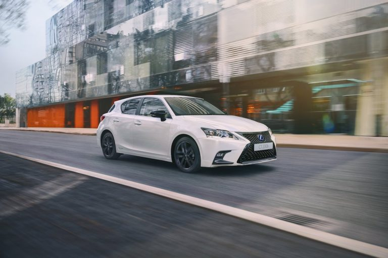 Lexus releases the new 2019 CT 200h