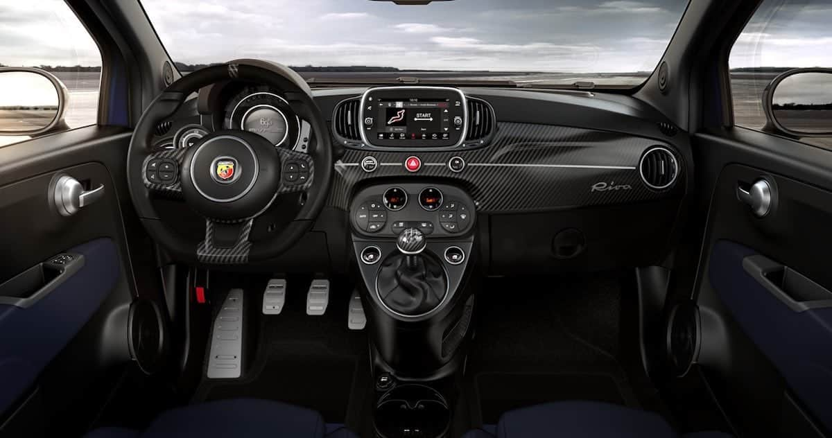 Abarth 695C Rivale dashboard
