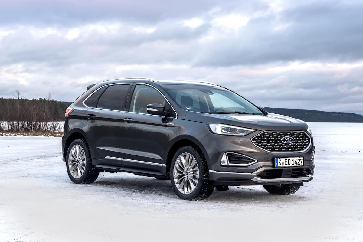 2019 Ford Edge Vignale - front