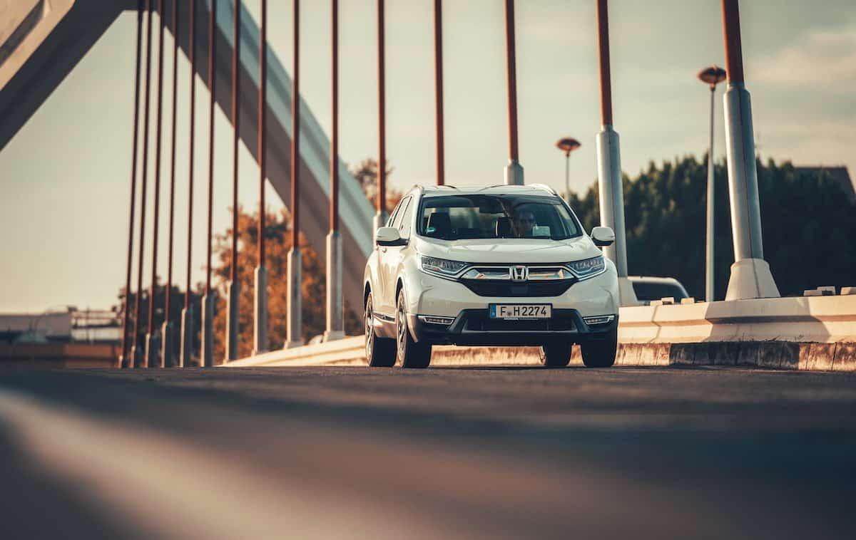 2019 Honda CR-V Hybrid road test - front | The Car Expert