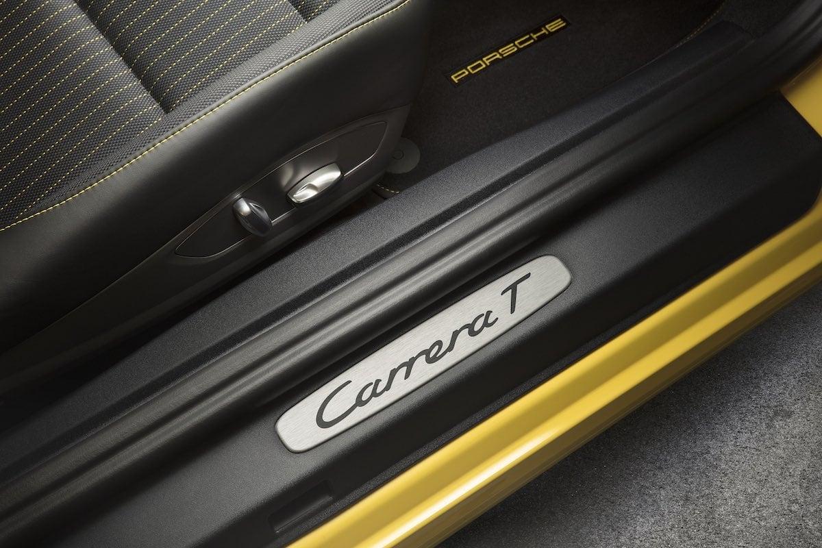 Porsche 911 Carrera T sill treadplates