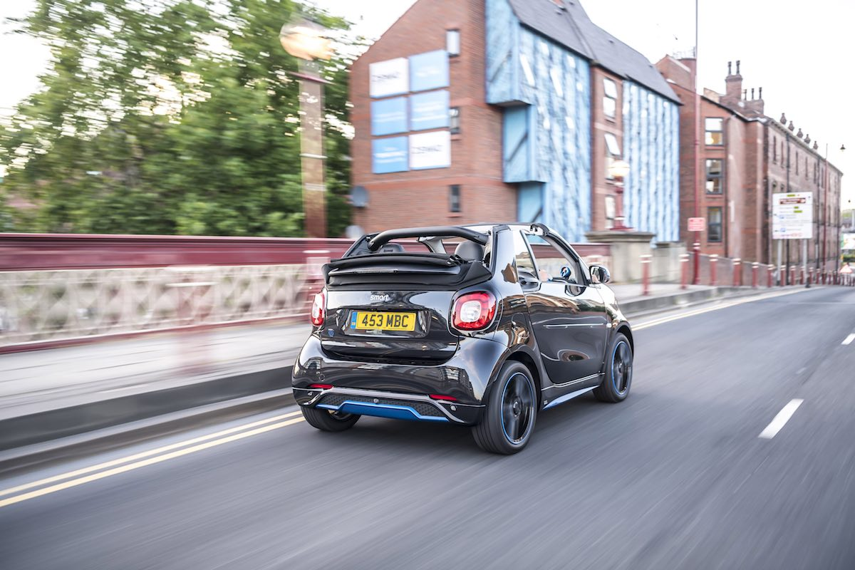 2019 Smart EQ ForTwo cabriolet - on-road rear