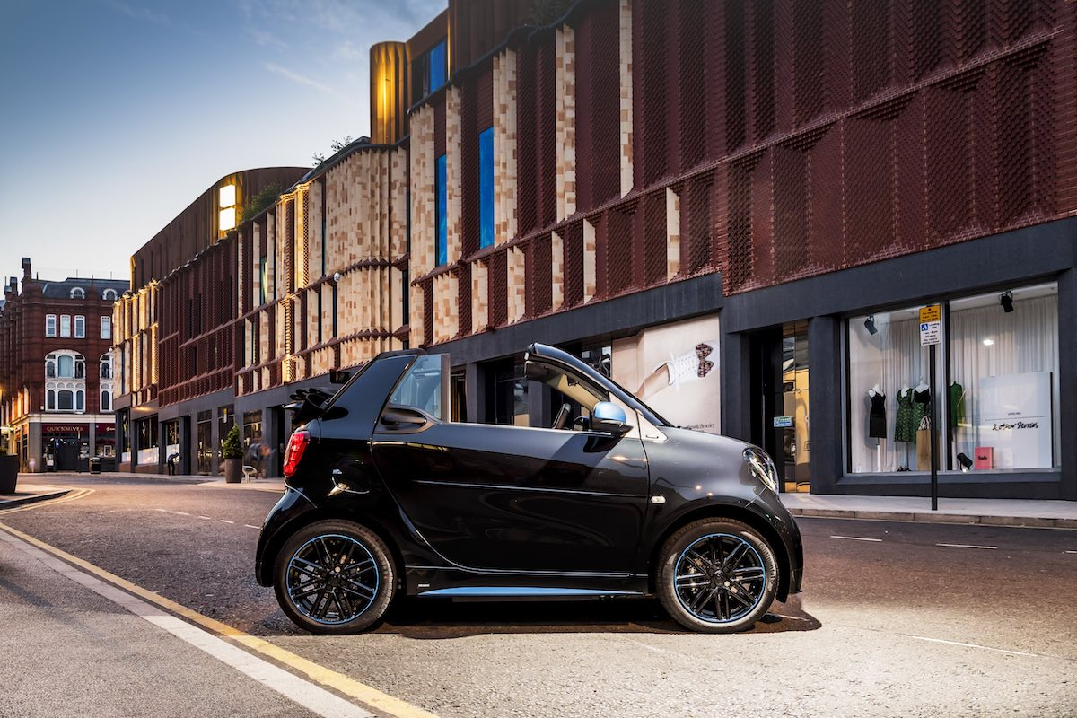 2019 Smart EQ ForTwo cabriolet - side