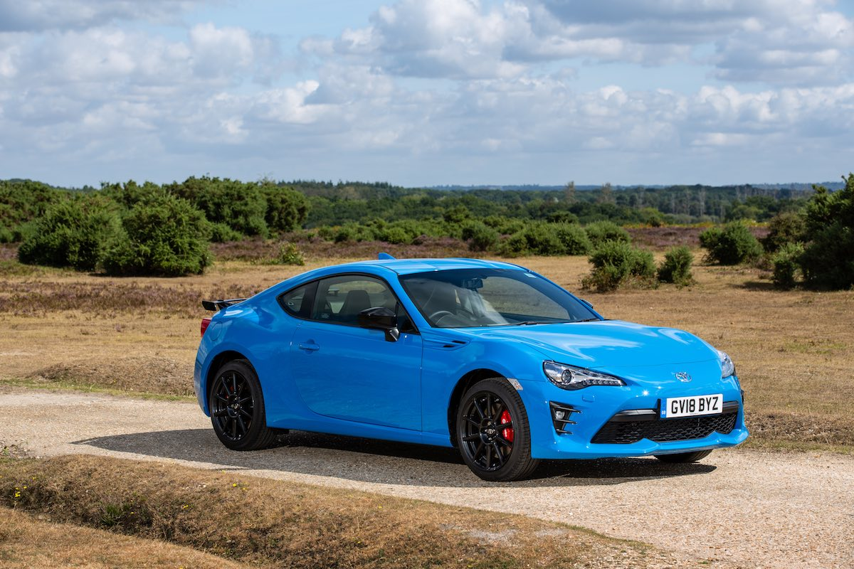 Toyota GT86 Blue Edition - static front 3/4