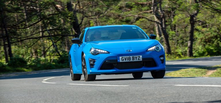 Toyota GT86 Blue Edition test drive