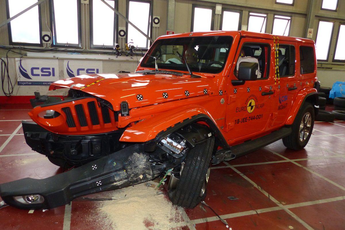 Jeep Wrangler crash test, December 2018