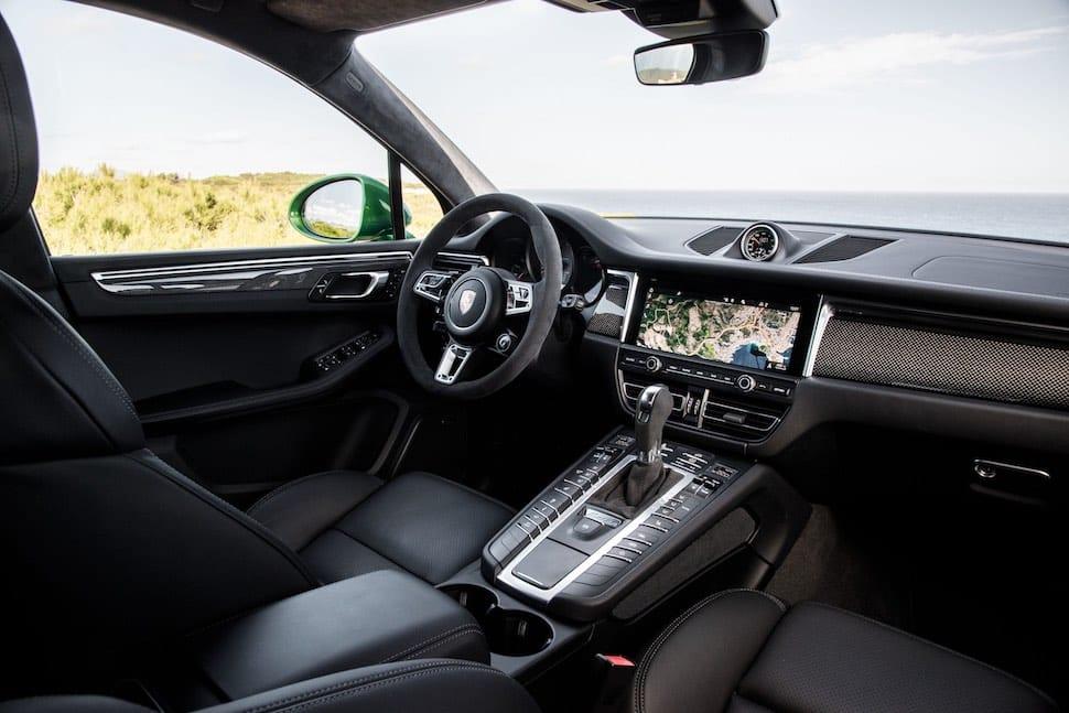 2019 Porsche Macan S - interior