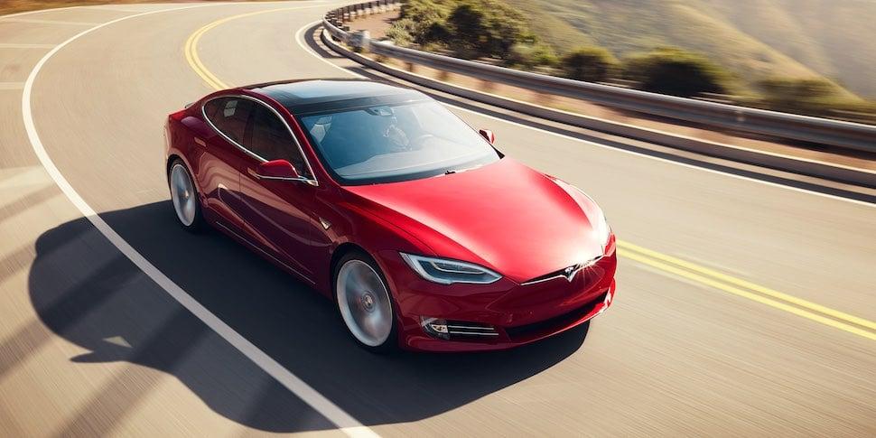 Tesla Model S –Best Christmas Sleighs 2018