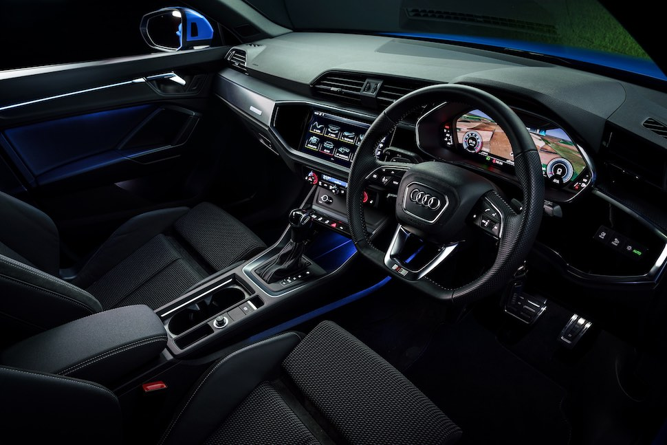 2019 Audi Q3 test drive review - dashboard