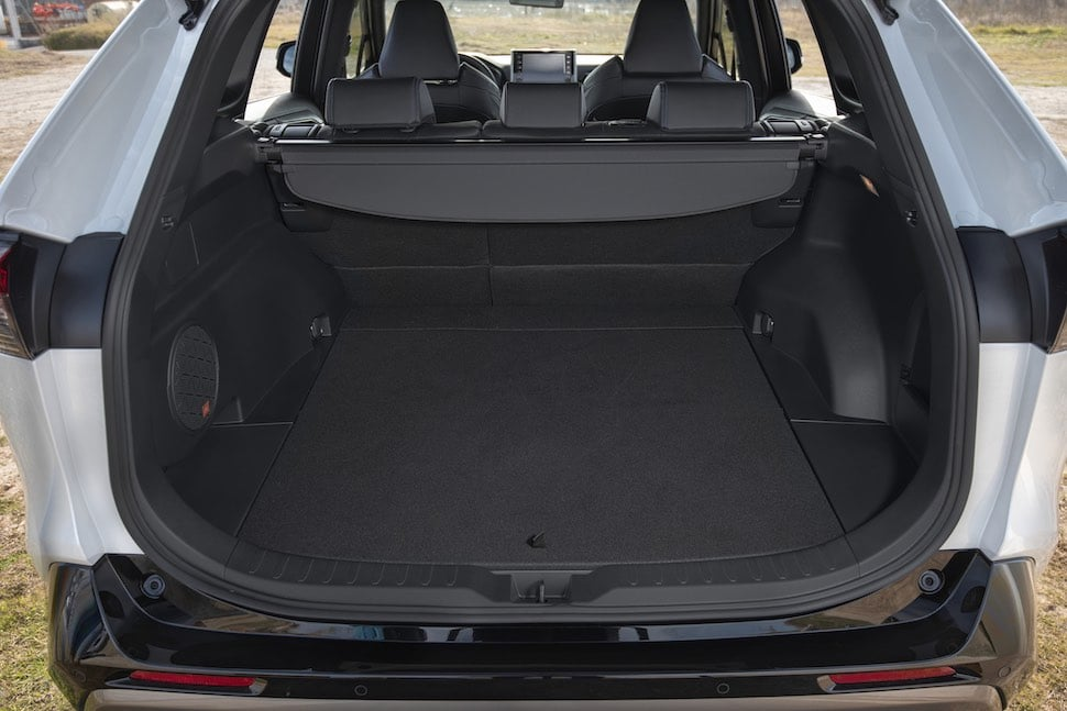 2019 Toyota RAV4 review - boot space | The Car Expert