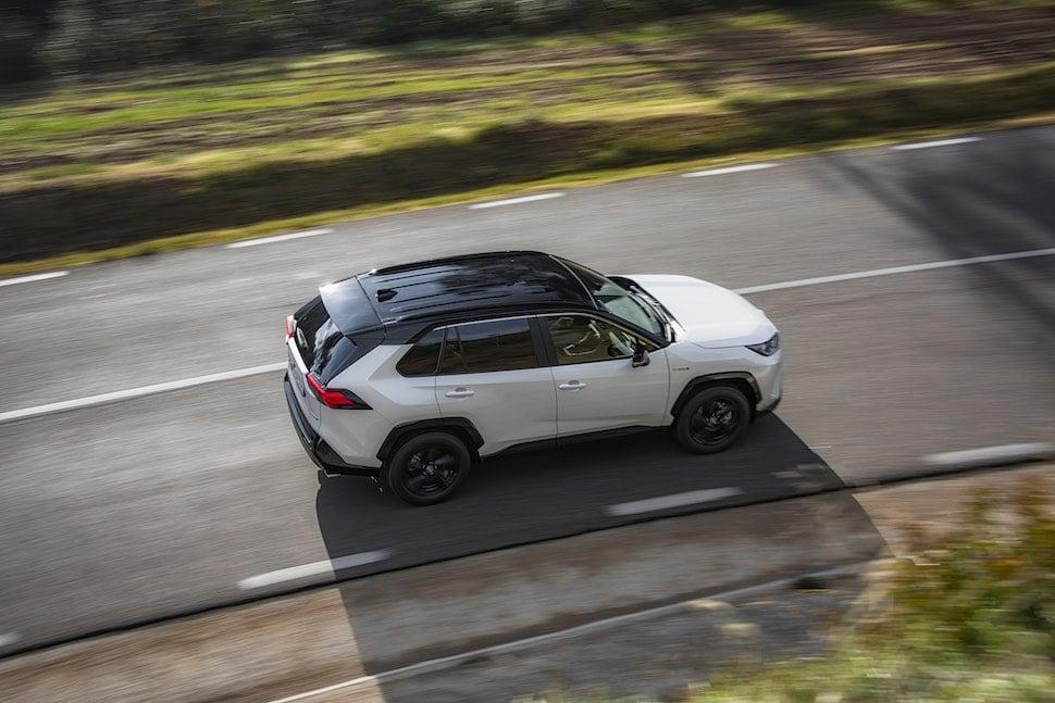 2019 Toyota RAV4 road test - overhead | The Car Expert