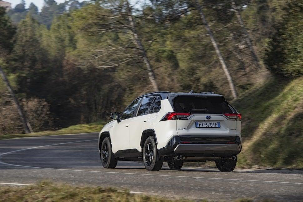 2019 Toyota RAV4 road test - rear | The Car Expert