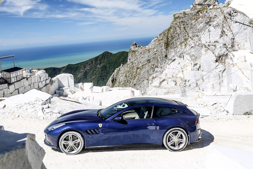 Ferrari GTC4Lusso review - side | The Car Expert