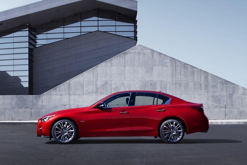 Infiniti Q50S Hybrid AWD review - side | The Car Expert