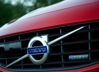 Volvo grille and badge