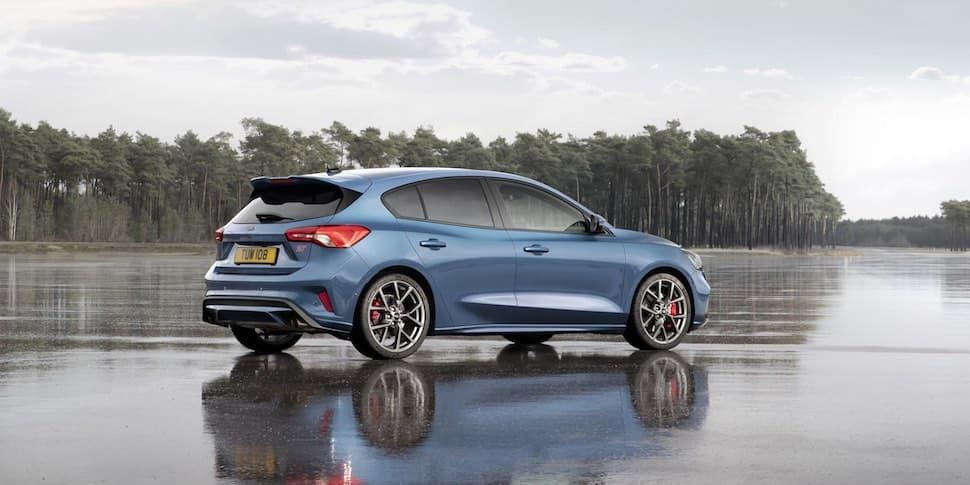 2019 Ford Focus ST rear - The Car Expert