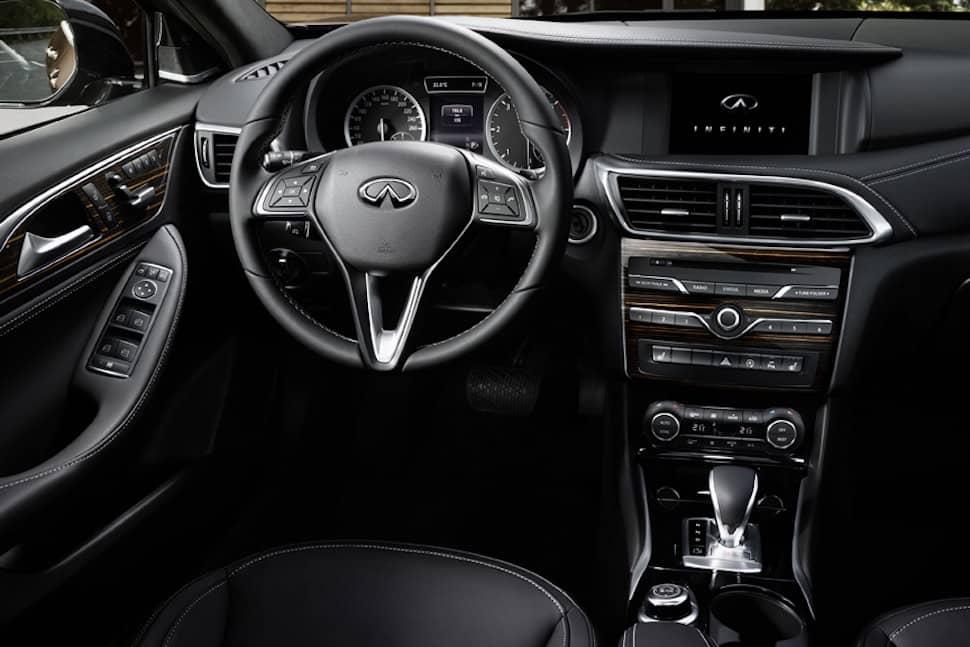 Infiniti Q30S AWD review - dashboard   The Car Expert