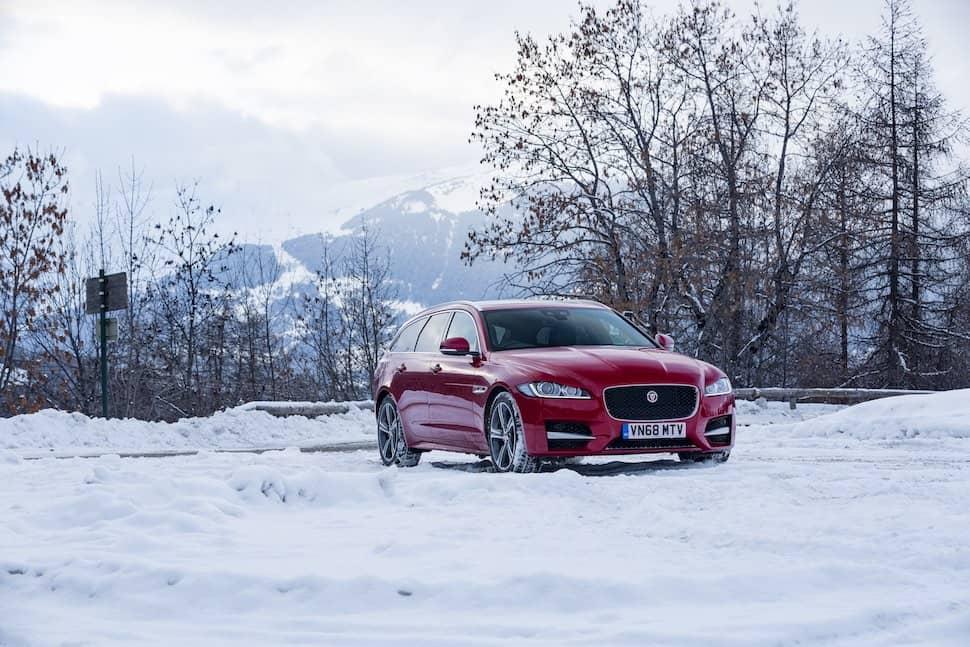 2019 Jaguar XF Sportbrake review - front | The Car Expert