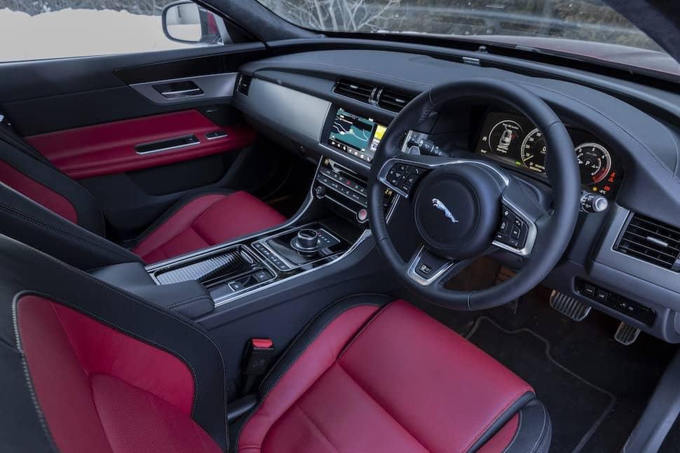 2019 Jaguar XF Sportbrake review - interior | The Car Expert