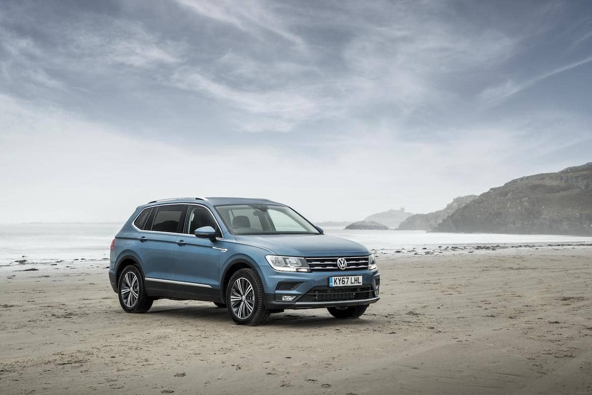 Volkswagen Tiguan Allspace (2018) front view | The Car Expert