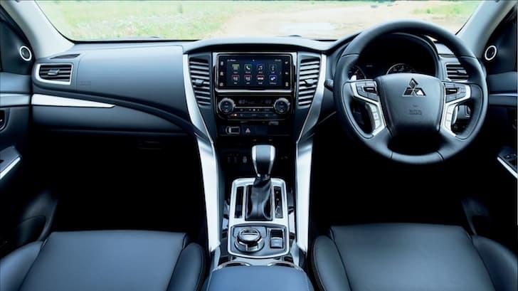 Mitsubishi Shogun Sport interior 2019 | The Car Expert