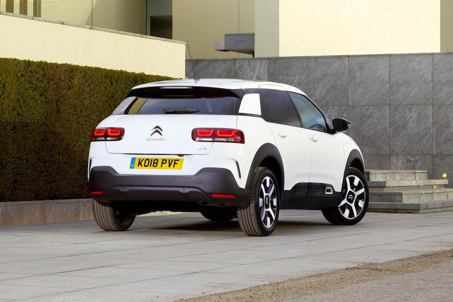 Citroën C4 Cactus (2018) rear view | The Car Expert