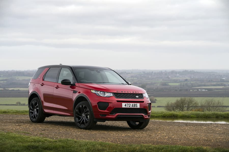 Land Rover Discovery Sport (2015) front view | The Car Expert