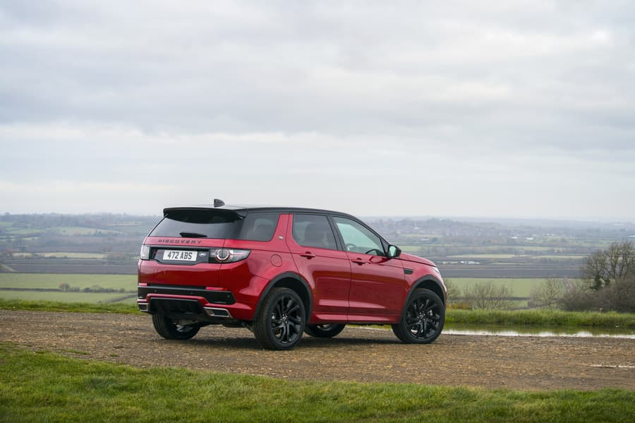 Land Rover Discovery Sport (2015) rear view | The Car Expert