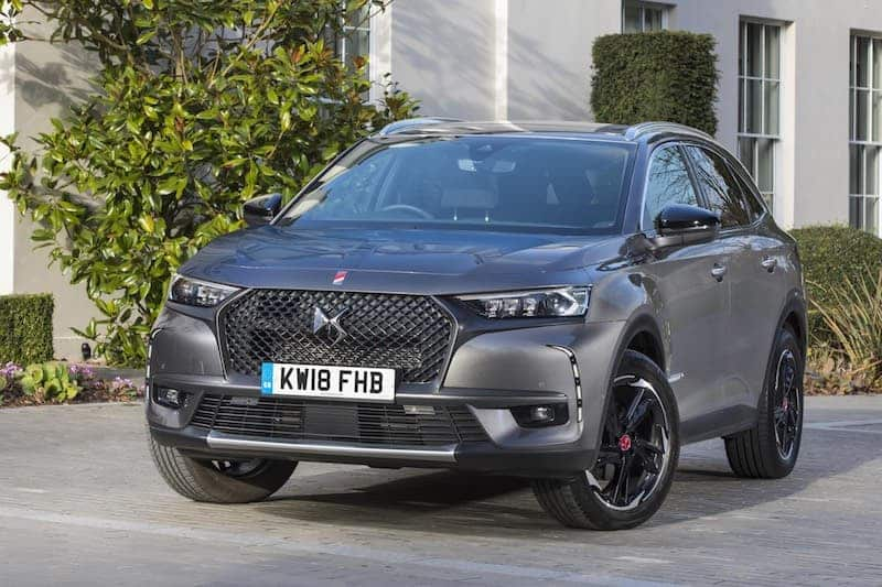 DS 7 Crossback (2018) front view | The Car Expert