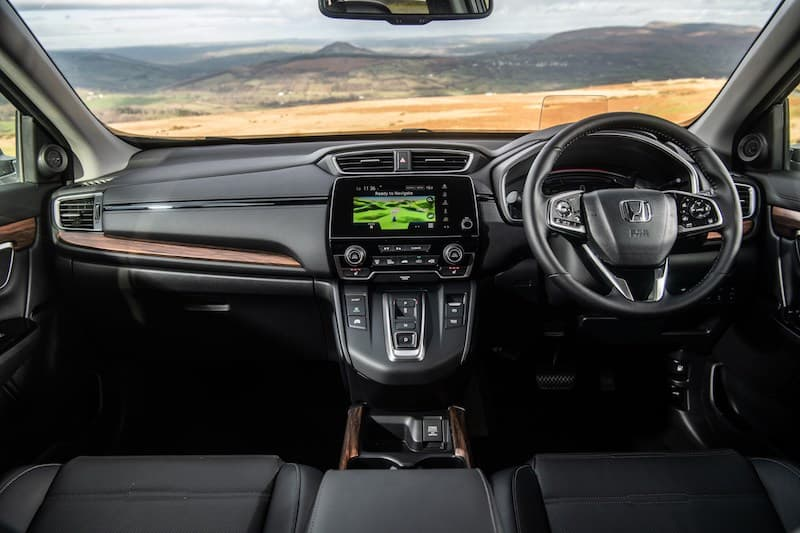 2019 Honda CR-V Hybrid dashboard | The Car Expert