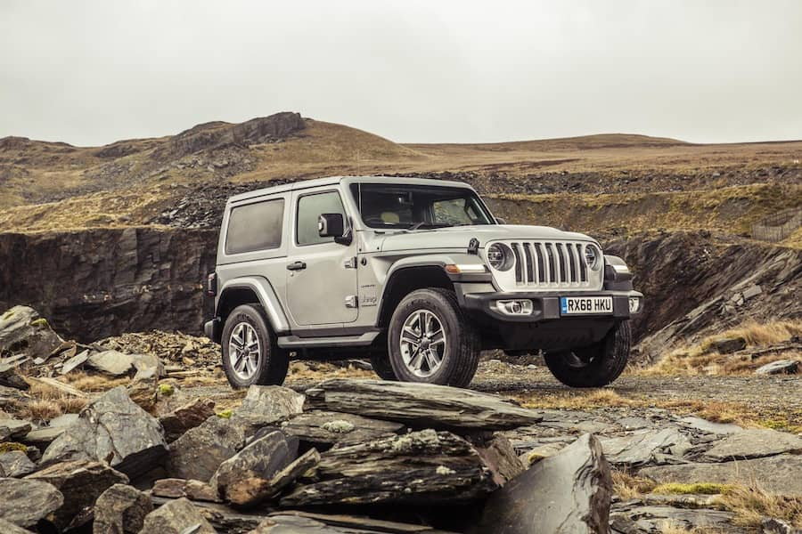 Jeep Wrangler (2018 - present) front | The Car Expert