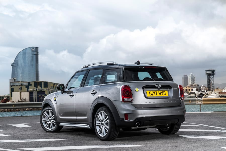 Mini Countryman (2017) rear view | The Car Expert