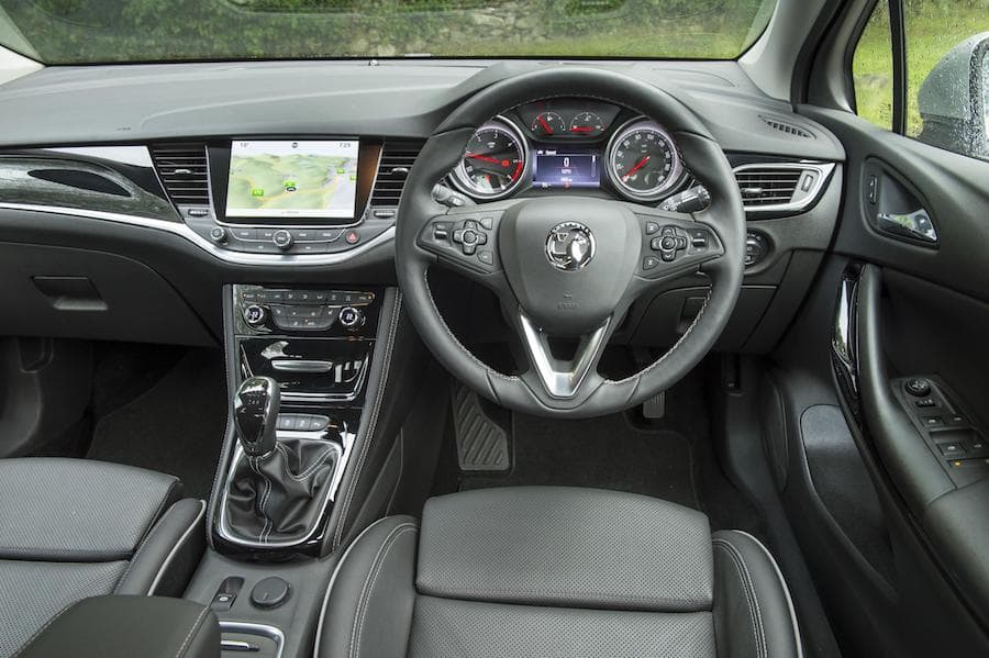 Vauxhall Astra hatch (2015 - present) interior and dashboard | The Car Expert