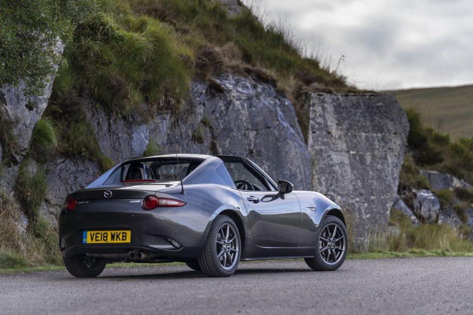 Mazda MX-5 RF (2018) rear view | The Car Expert