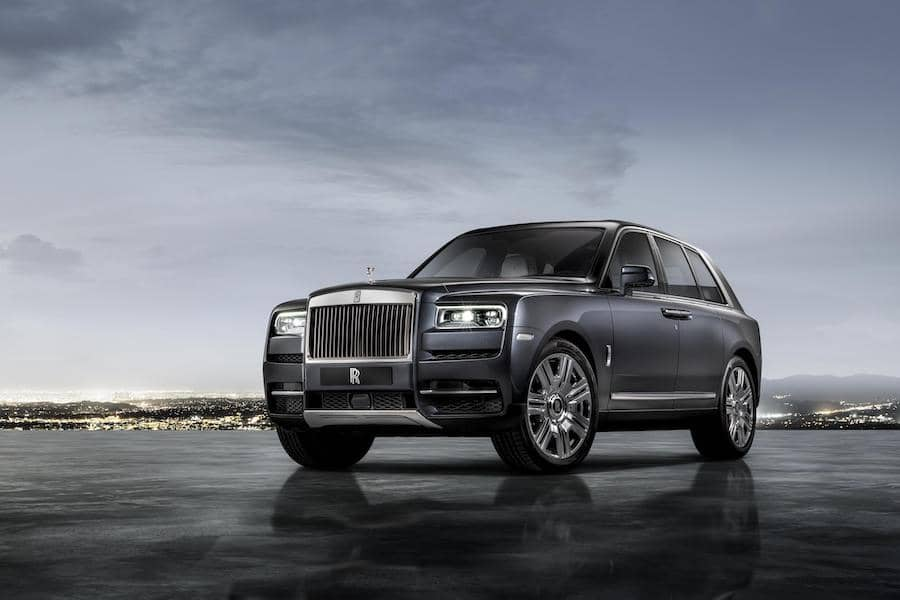 Rolls-Royce Cullinan (2018) front view | The Car Expert