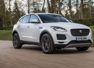 Jaguar E-Pace (2017) new car ratings and reviews | The Car Expert