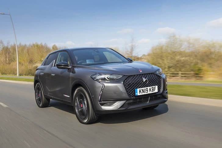 DS 3 Crossback road test (2019) front view | The Car Expert